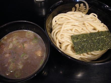 豚骨つけ麺大盛(950円)