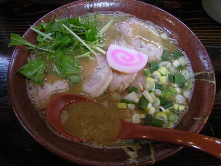 肉煮干そば(800円)