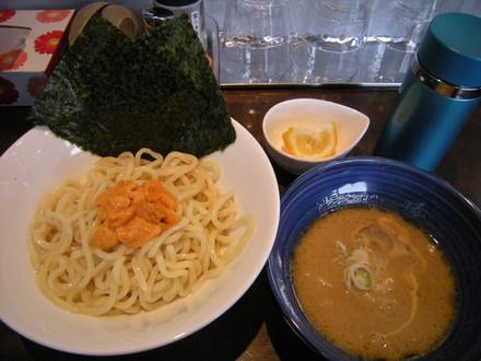 ウニ塩つけ麺(1360円)