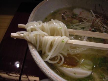 中華そば(塩)の麺