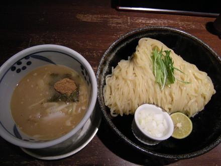 つけ麺中盛(850円)