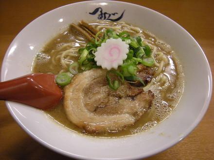 熟成らー麺(550円)