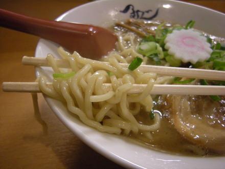 熟成らー麺の麺