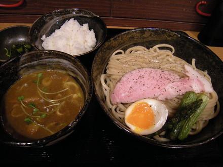 カレーつけ麺(900円)
