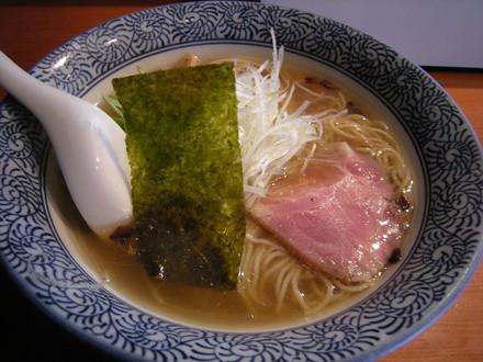 香味鶏だしラーメン(650円)