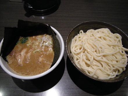つけ麺 中盛(850円)+ぶっこ盛り(250円)