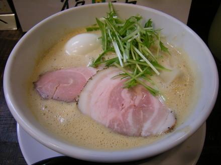豚CHIKIみそラーメン(850円)