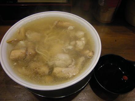 松茸ゴロゴロ鶏肉入り貝塩ラーメン(1365円)