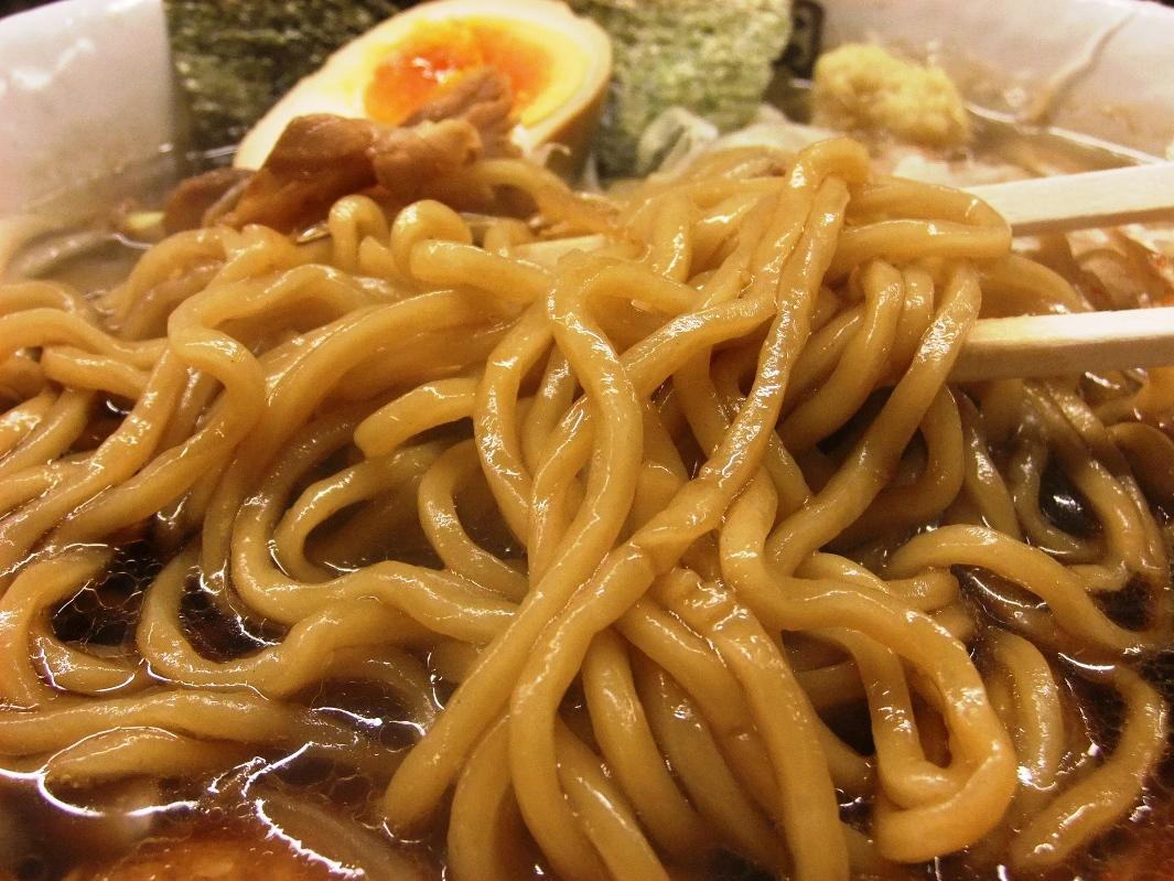 肉そば総本山 神保町 けいすけ:麺 11.09.23