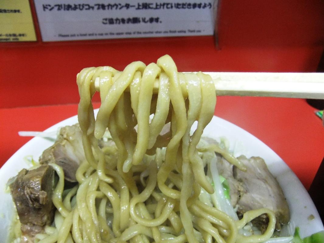 ラーメン二郎 千住大橋駅前店:麺2 11.09.24
