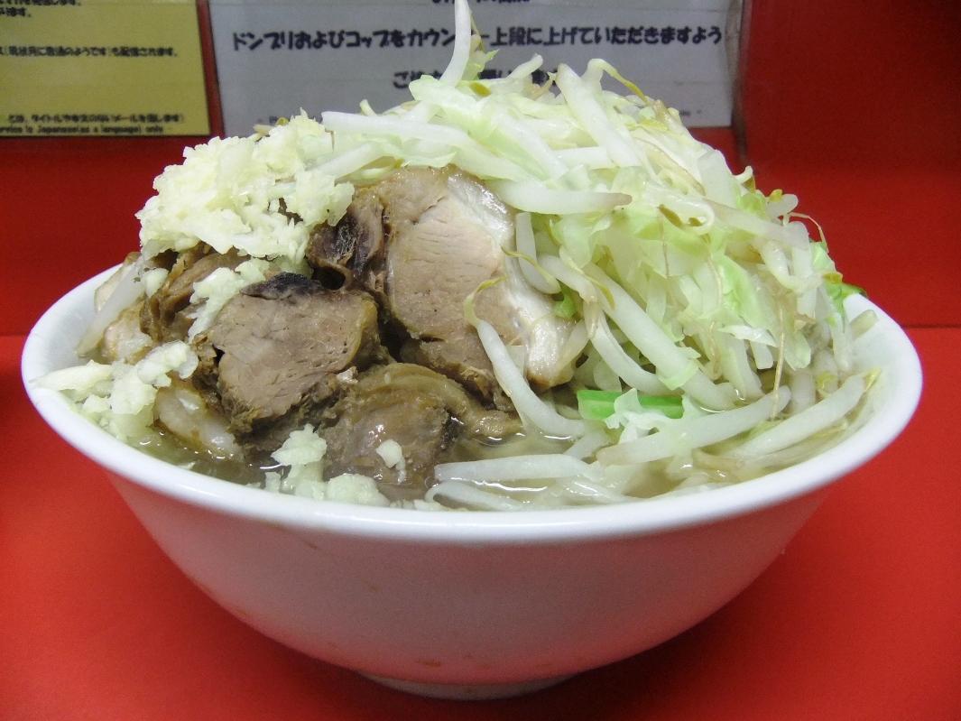 ラーメン二郎 千住大橋駅前店:小豚(ヤサイニンニク) 11.09.24