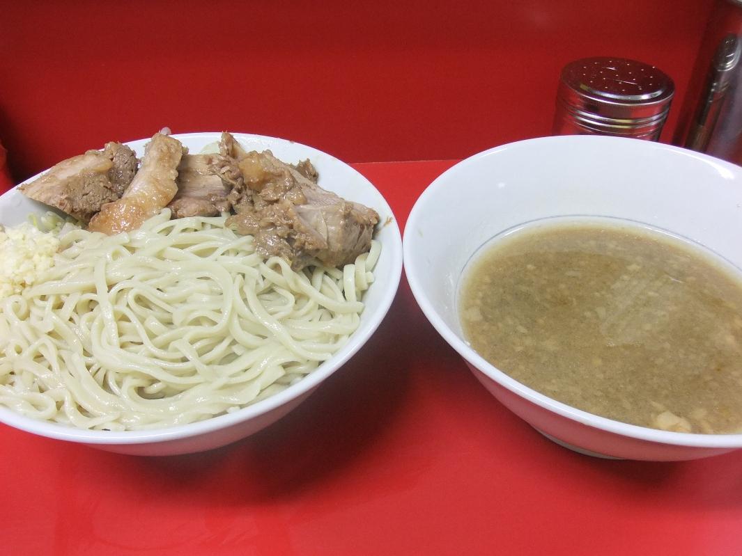 ラーメン二郎 西台駅前店:小豚つけ麺(ニンニク) 11.10.08