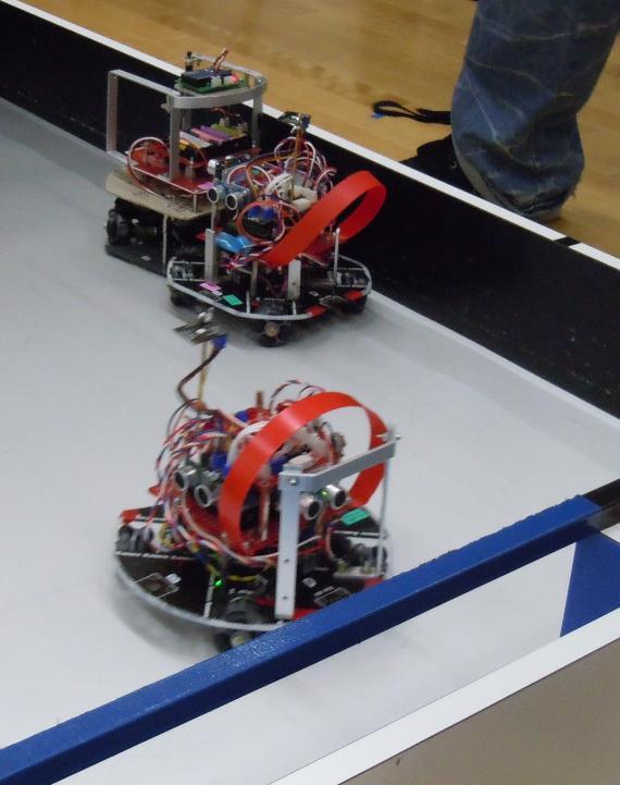ライトウエイト ロボット接戦