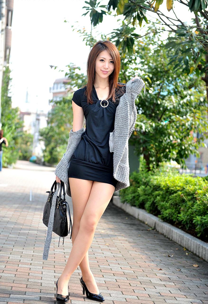 Shelly(藤井シェリー)チャンというSEXYハーフ美女の下着&ビキ