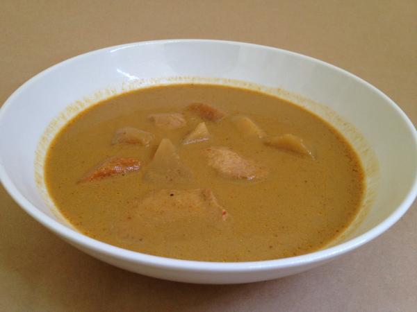 タイの台所タイで食べたタイカレーイエロー中身