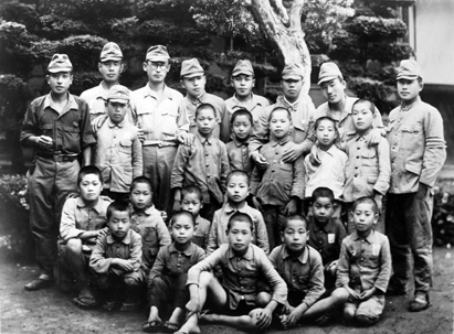 E-22-S20.5-本土防衛隊と子供