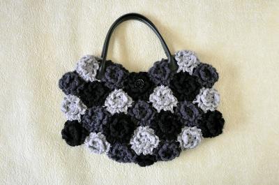 毛糸花バッグ黒-2