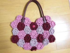 毛糸花バッグピンク