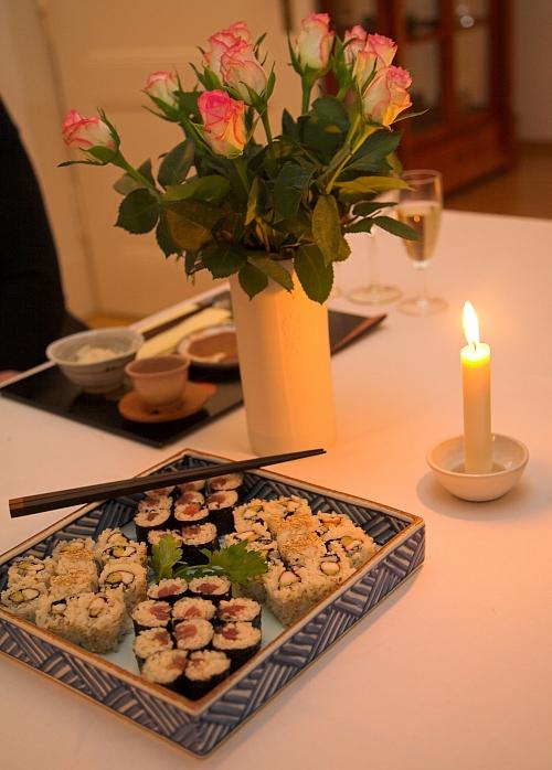 Tanjoubi sushi1