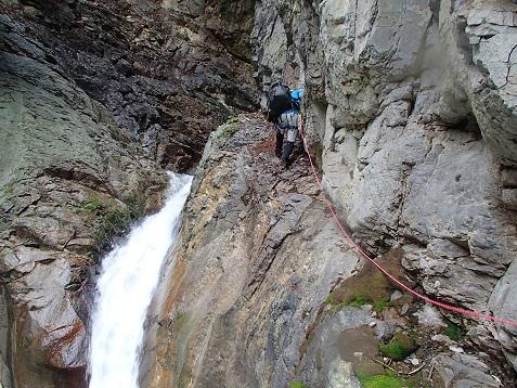 噴泉塔のゴルジュF2を登る