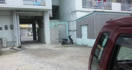 スマイルサンド:駐車場