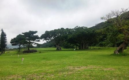 ジュマール楽園:ゴルフ場1