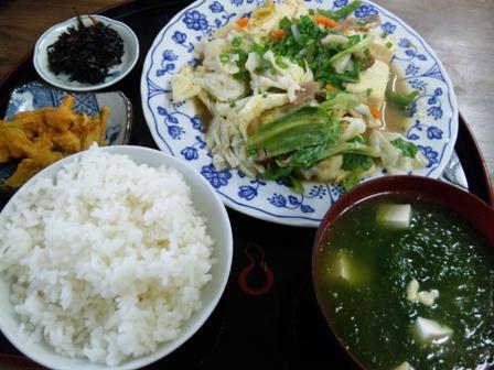 いのーずぅ:豆腐チャンプルー定食