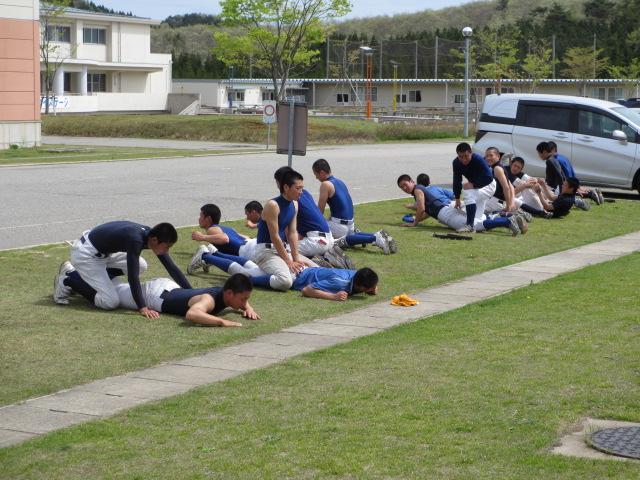 2012. 5.2  学校訪問 007