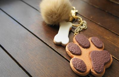 肉球クッキーのキーホルダー1
