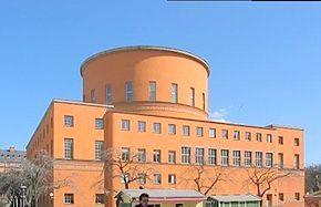 290px-Stockholms-stadsbibliotek-2003-04-14.jpg