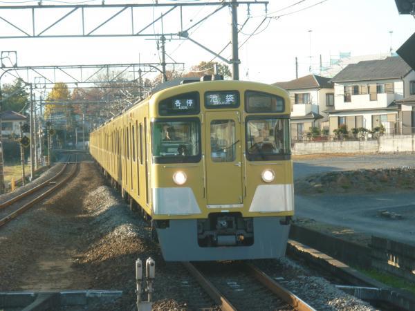 2013-11-30 西武2083F 各停池袋行き3