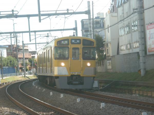 2013-11-30 西武2083F 各停飯能行き1