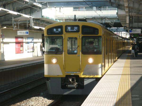 2013-12-14 西武2083F 各停所沢行き1