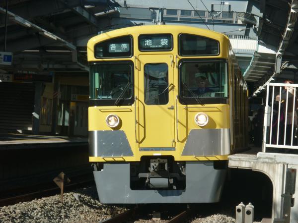 2013-12-22 西武2063F 各停池袋行き