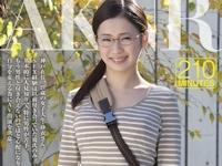 水野紗衣 2/6 AVデビュー 「神戸生まれの地味な女子大生がAVデビュー 水野紗衣」