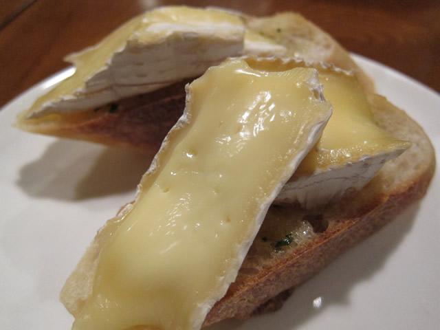 ブリーチーズのトースト