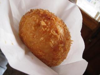 近江牛カレーパン2
