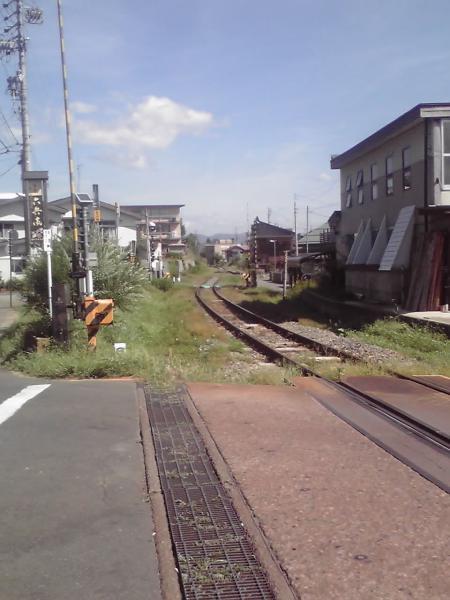 西敬寺踏切、北飯山へ
