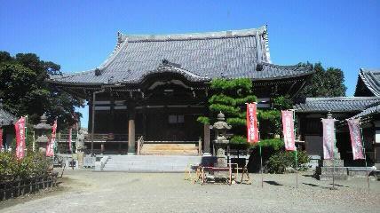 稲沢の17番札所萬徳寺の本堂