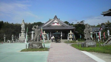 8番札所影源寺の本堂