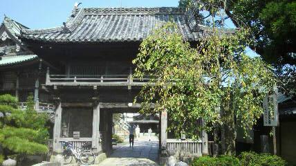 18番恩山寺の山門