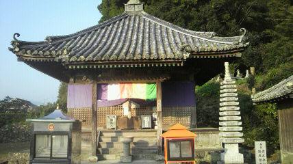 22番札所平等寺の大師堂