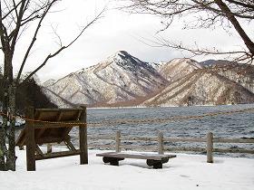歌ケ浜からの社山