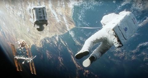 宇宙で生き残れる強さ…「ゼロ・グラビティ」
