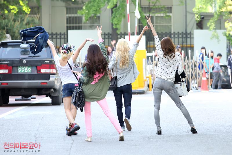 SNSD 少女時代 소녀시대 2013 ユナ Yoona ティファニー Tiffany サニー Sunny Hyoyeon ヒョヨン バイバイ