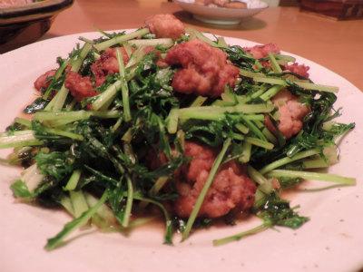イカ団子と水菜の炒め物