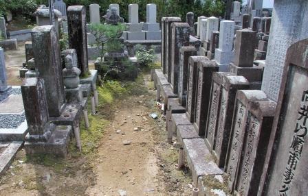 向井家の墓_H25.10.13撮影