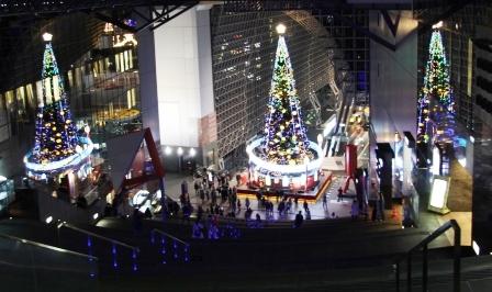3本クリスマスツリー_H25.12.10撮影