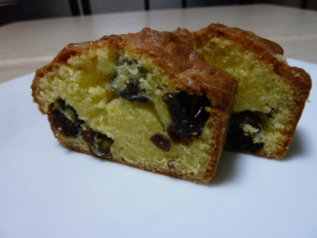 パウンドケーキ(干しぶどう入り)