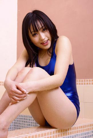 hatsumi_yoshida_dgc1024.jpg